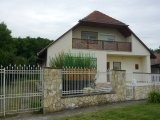 COMFORTABLE RESIDENTIAL HOUSE FOR SALE IN POLÁNY