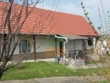 COMFORTABLE RESIDENTIAL HOUSE FOR SALE WITH OUTDOOR BUILDINGS, COMPLETE EQUIPMENT, POLÁNY